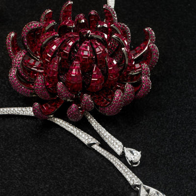 THE NOBLE ONES,  CHRYSANTHEMUM Necklace