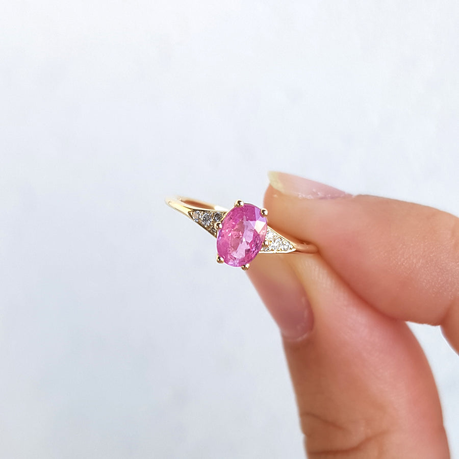 The Lucia Ring With Pink Sapphire