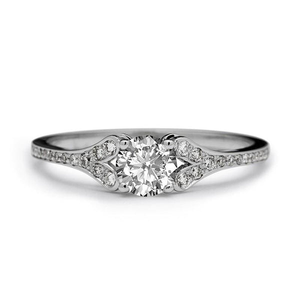 ALINE DIAMOND ENGAGEMENT RING