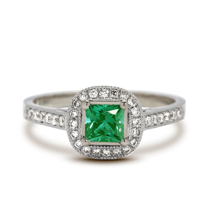 emerald engagement ring diamond halo
