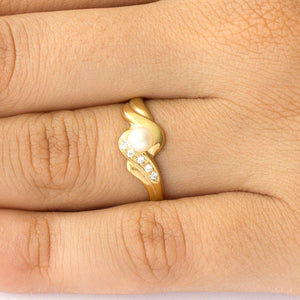 Anisah Pearl Engagement Ring