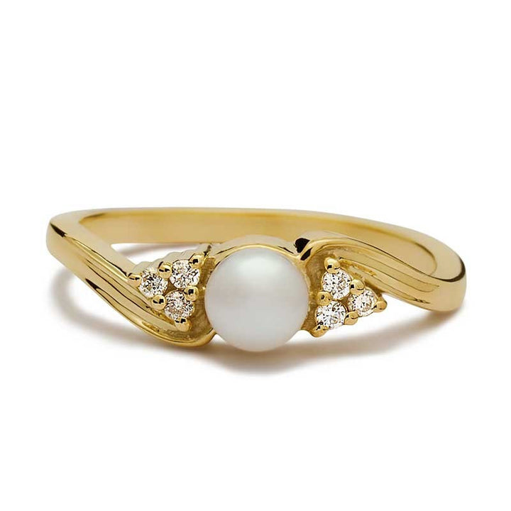 Nahla Pearl Engagement Ring