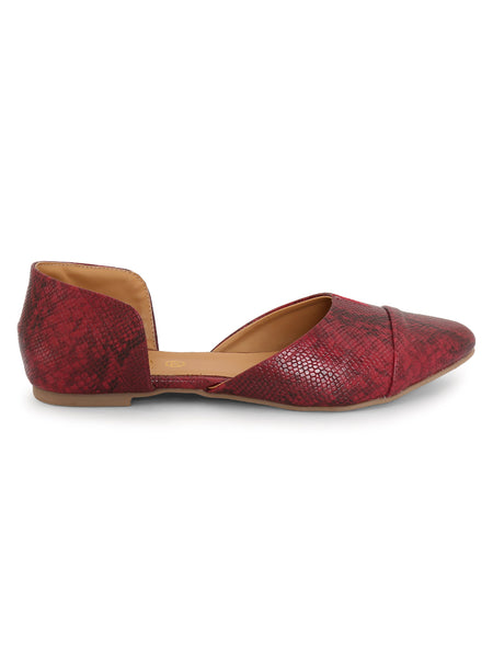 Siendo Desi Women Maroon Snake Pattern Slip-on