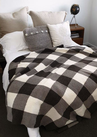 Gingham Blanket Knitted with Wild Earth Yarns natural range