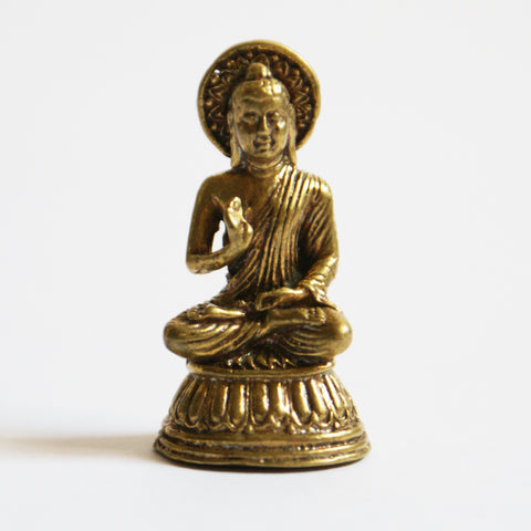 TINY GOLDEN STATUE OF SAKYAMUNI BUDDHA - ThirdWorldTrAid