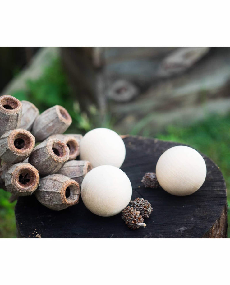 Round Wooden Balls - Set of 3