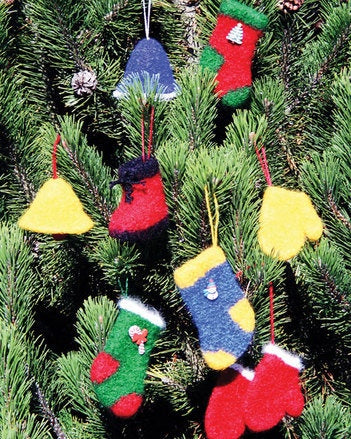FT-210 Felt Christmas Decorations