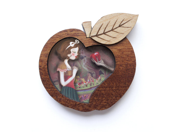 LaliBlue : Snow White Brooch (PRE-ORDER : NOT IN STOCK, DUE IN EARLY SEPTEMBER)