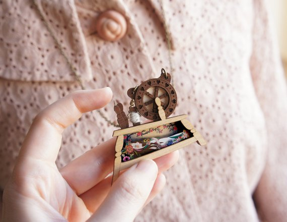 LaliBlue : Sleeping Beauty Brooch (PRE-ORDER : NOT IN STOCK - DUE LATE SEPTEMBER)