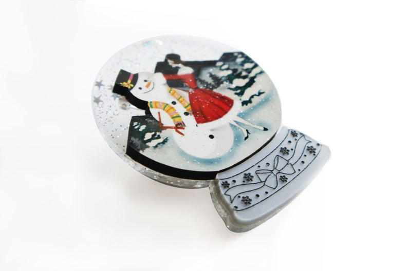 Christmas : Snowman Snow Globe Brooch