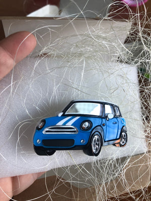 Alena Kochenkova : Mini Cooper Car Brooch - Blue