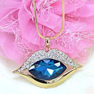 Stunning Blue Lip Crystal Gemstone Jewelry pendant Necklace with Rhinestone Lips