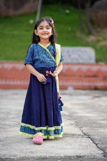 Girls Traditional Wear