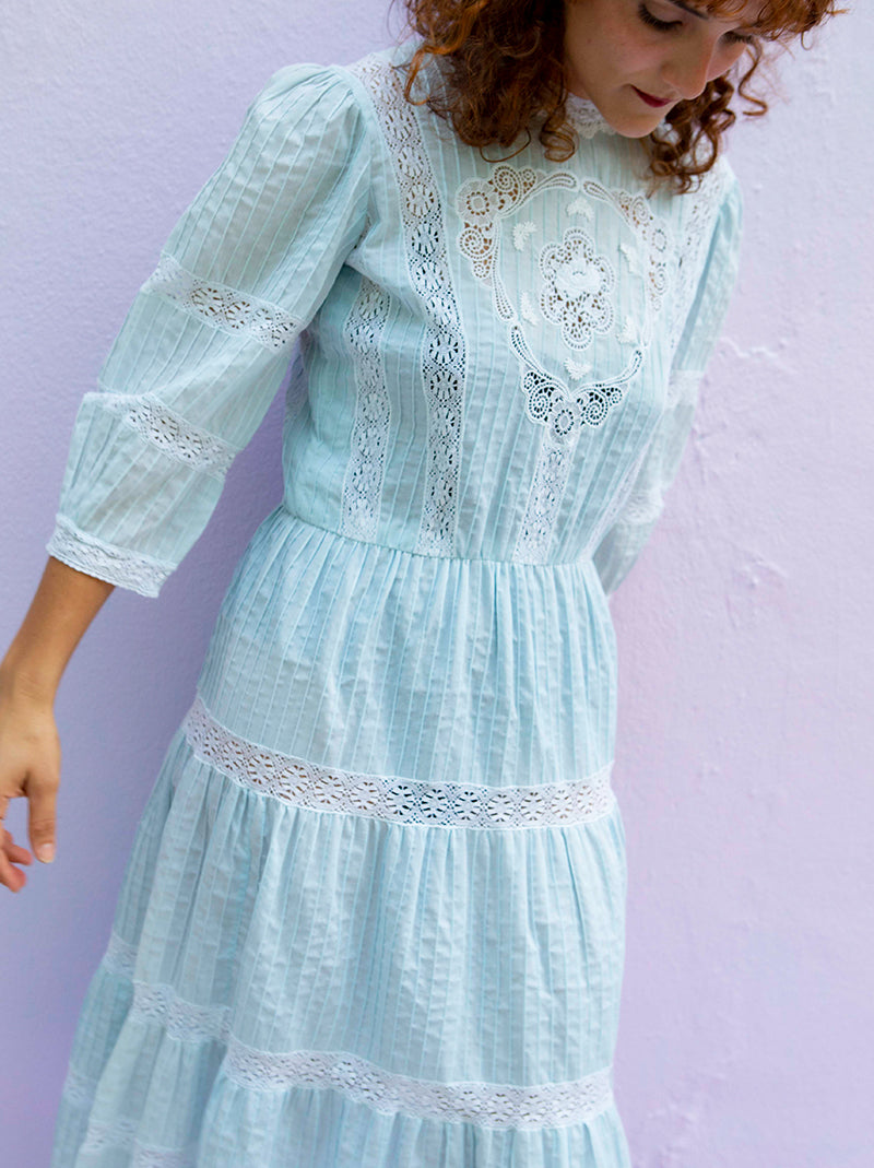 Vintage 60s-70s custom made Puerto Rico mundillo lace dress