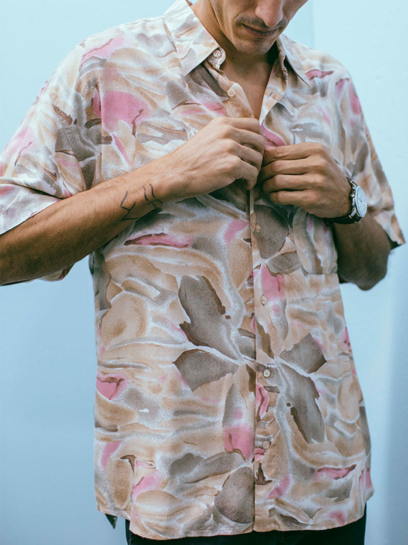 Vintage hawaiian button up shirt