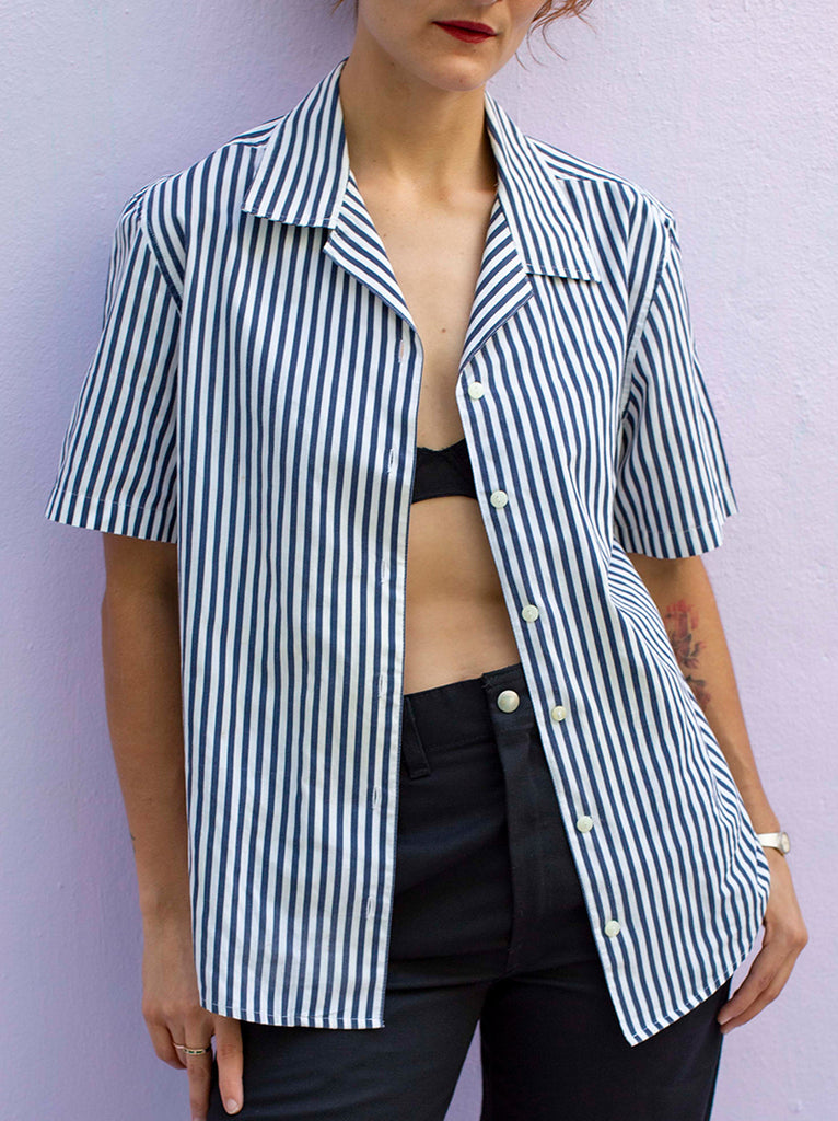 Cute 90's staple stripe shirt