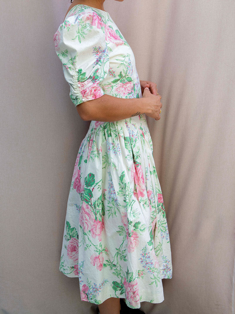 Batsheva style flower dress short puff sleeves