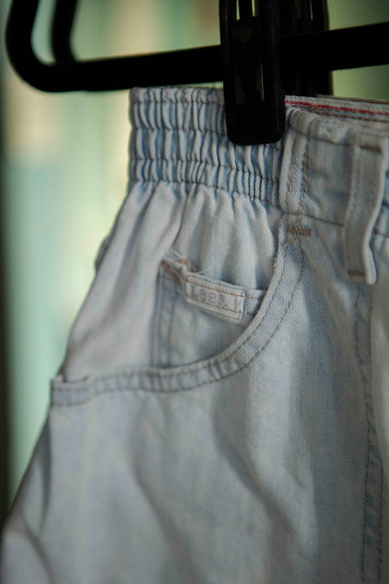 Vintage high rise Lee shorts in light wash