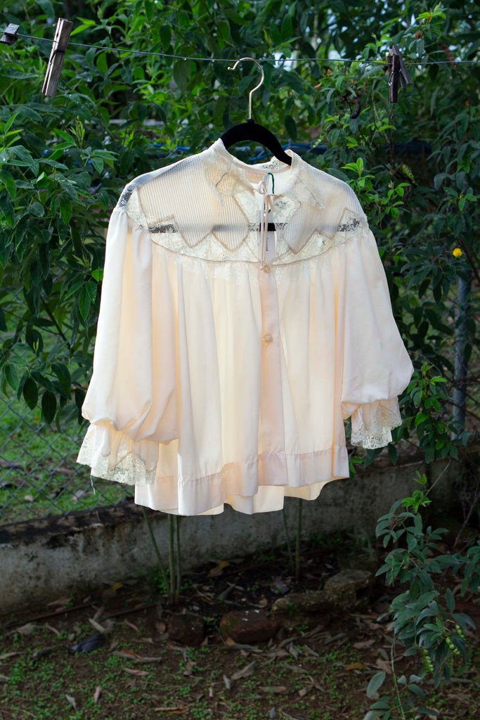 Beautiful circa 1950's Victorian style blouse