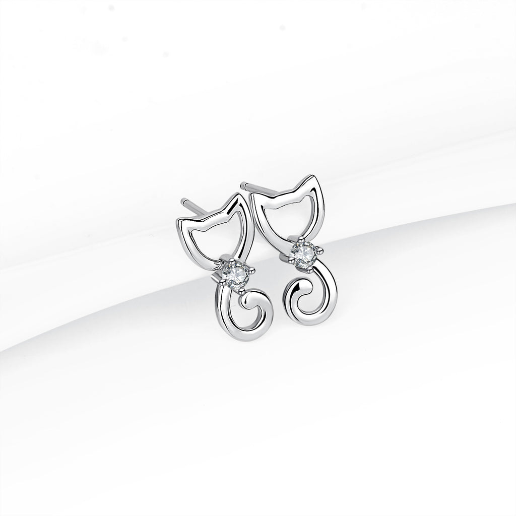 925 Sterling Silver Lovely Cat Style Studs