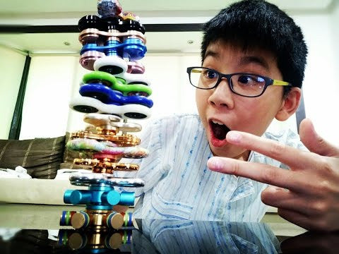 Amazing Fidget Spinner Tricks For Beginners and Pros