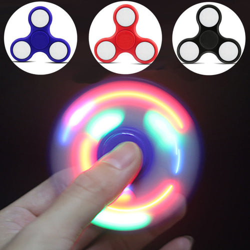 ***BRAND NEW FOR 2017 *** ORIGINAL *** FAST 1-4 MIN SPINS *** LED Light Up Flashing Fidget Hand Tri Spinner Anxiety & Stress Relief Toy