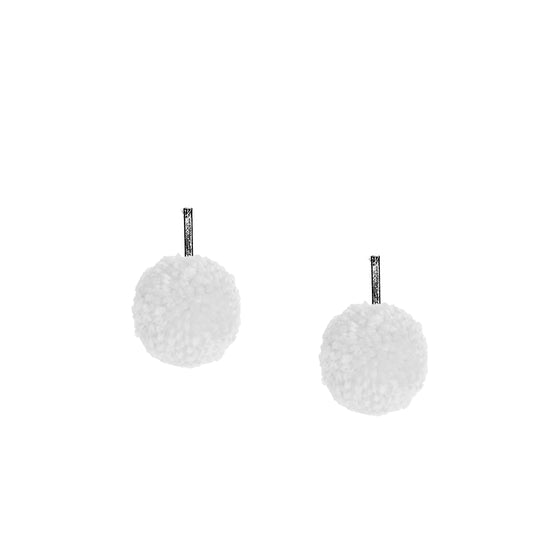"White 1"" Yarn Pom Pom Stud Earring"