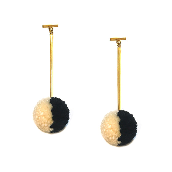 "Black and Ivory Split 1"" Yarn Pom Pom T Bar Earrings, Earring, Tuleste, Tuleste"