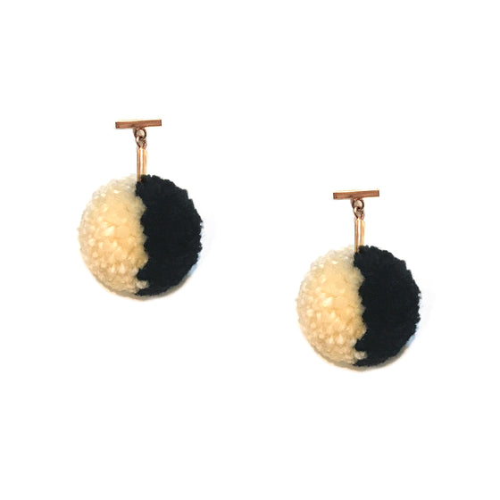 "Black and Ivory Split 1"" Yarn Pom Pom T Stud Earrings"
