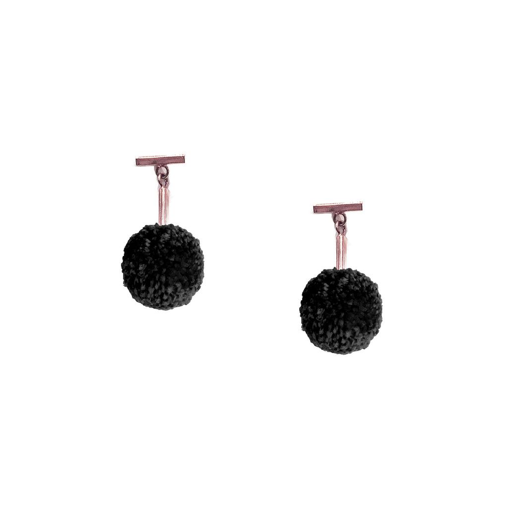 "Black 1/2"" Yarn Pom Pom T Stud Earring"