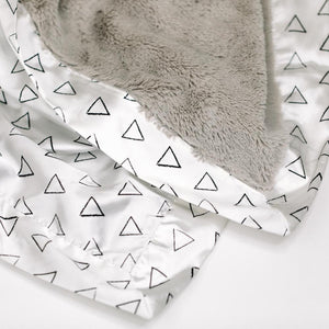 Feather Triangles Satin Back Toddler to Teen Blanket