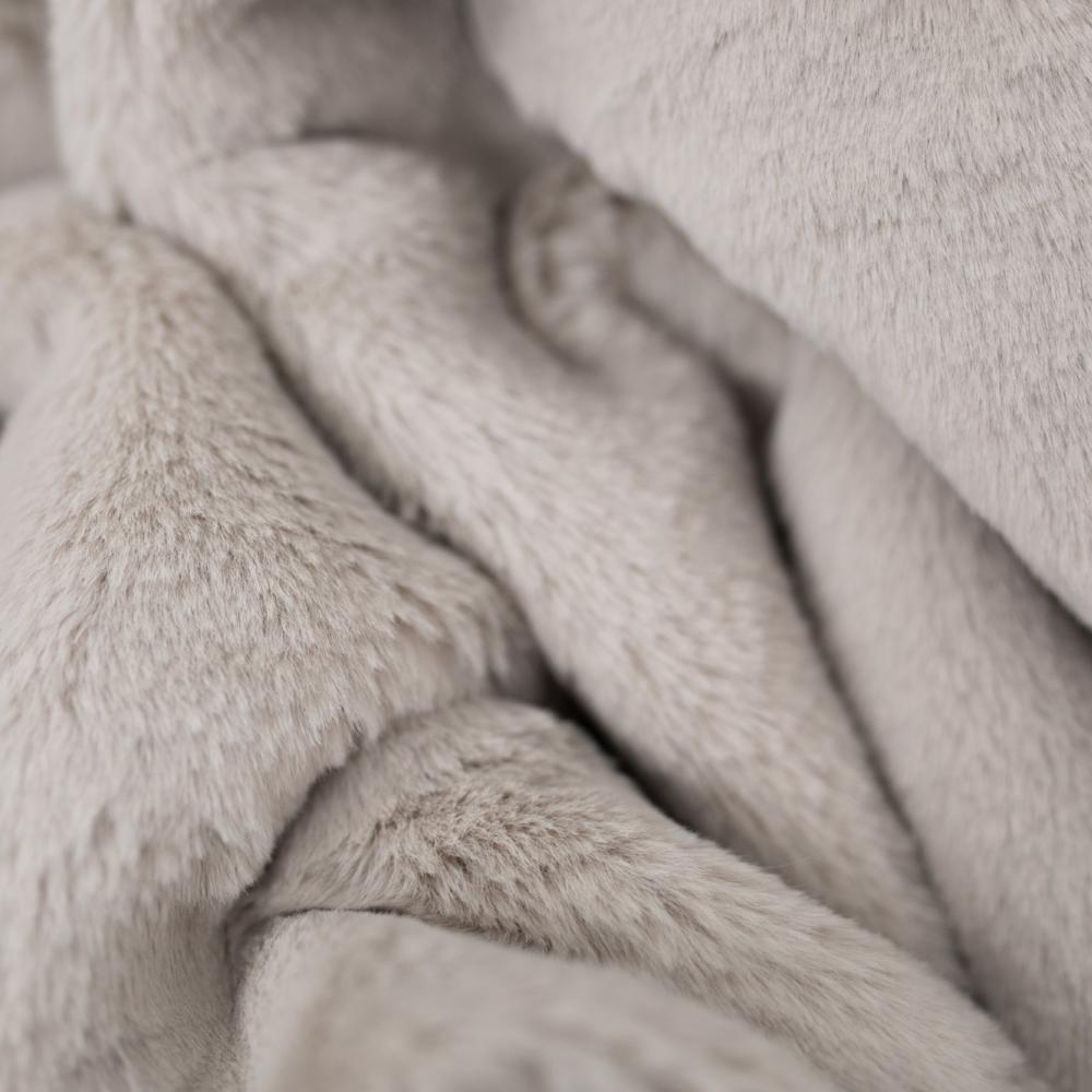 Fawn Grand Faux Fur Throw Blanket