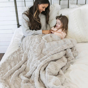 Feather Extra Large Throw Blanket