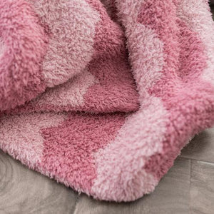 Pink Scallop Double-Layer Bamboni Throw Blanket