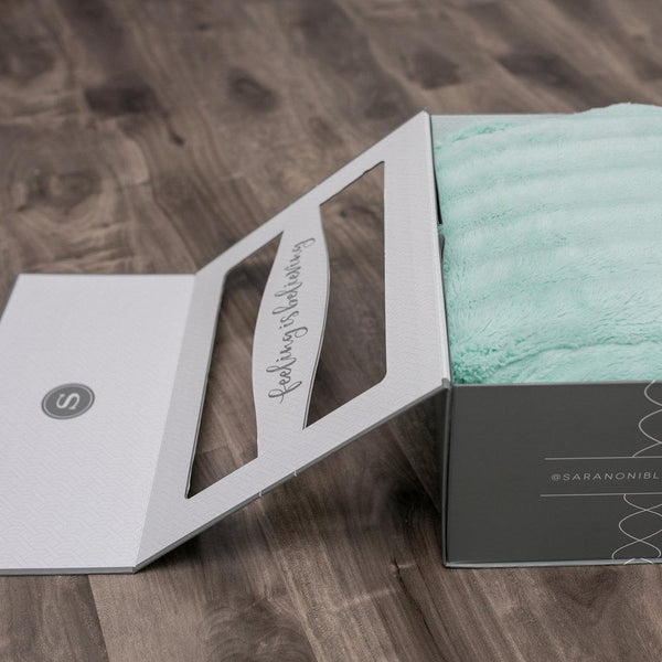 Premium Gift Box For Extra Large Blankets