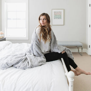 Dove Throw Weighted Blanket
