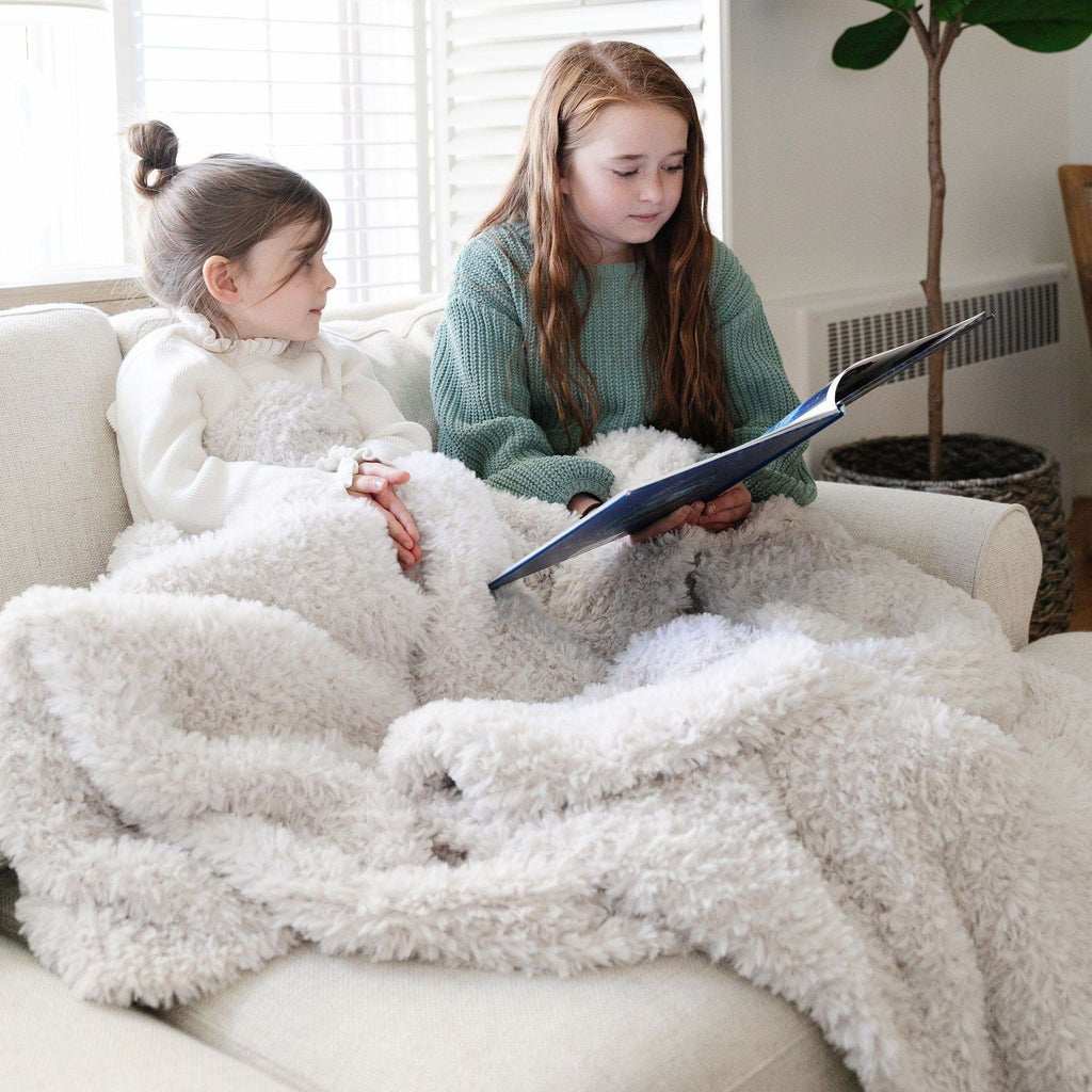 Cloud Burst Knit Faux Fur Throw