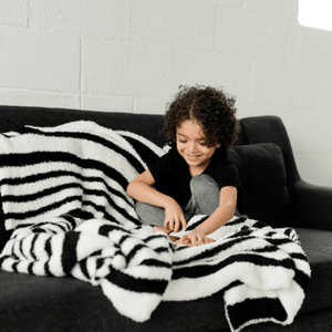 Black & White Double-Layer Bamboni Throw Blanket