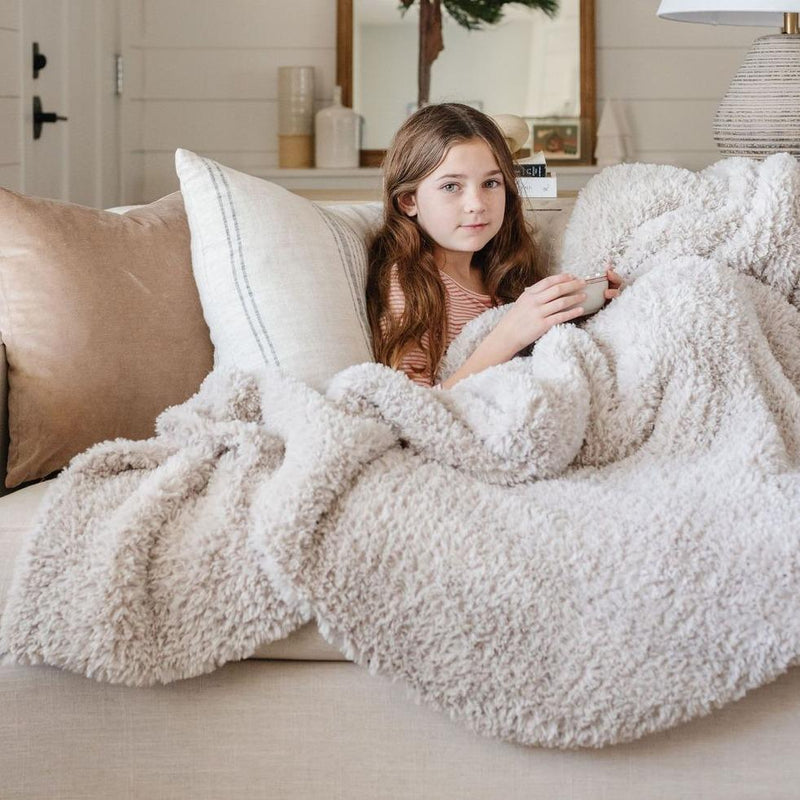 Cloud Burst Knit Faux Fur XL Throw