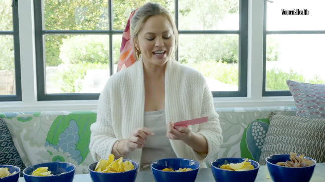 chrissy teigen wearing centinelle scarf video