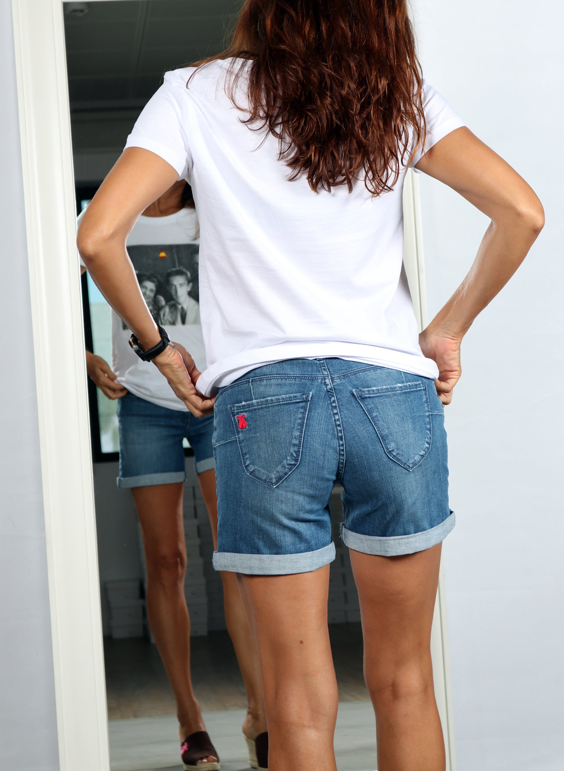 Frauen gesticktes Logo Denim Short