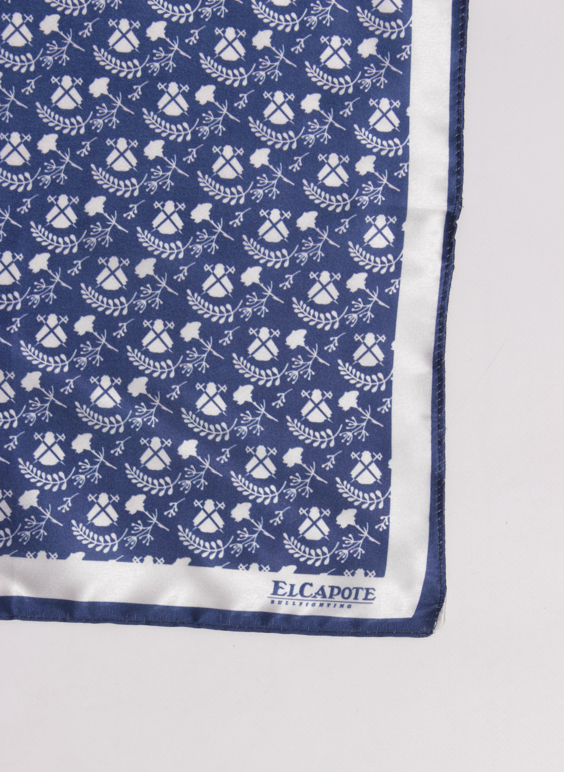 Handkerchief Pocket Navy Blue Logos Blancos