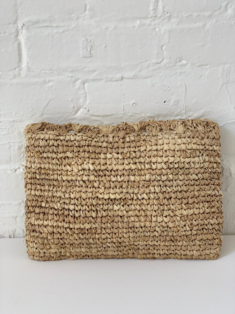 THE LUMA CLUTCH-NATURAL