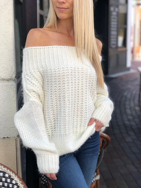 LITHY CABLE KNIT OFF THE SHOULDER SWEATER