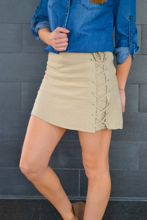 ZOE SKIRT WITH LACE UP SIDE
