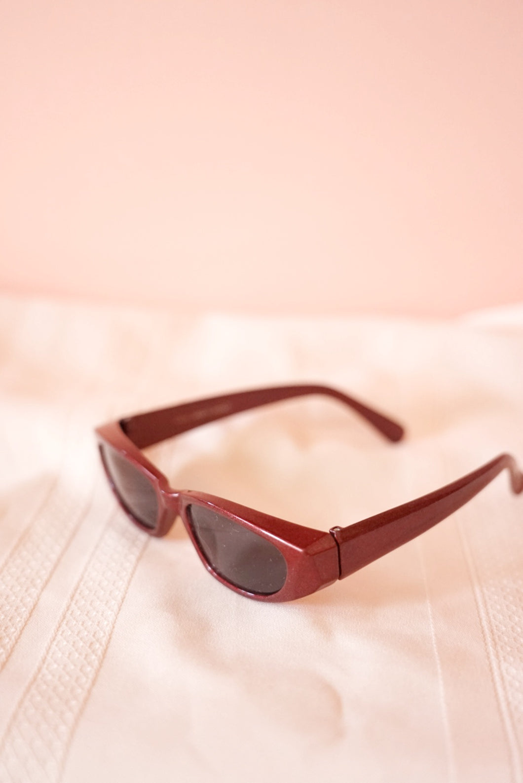 Red 2000s Sunnies