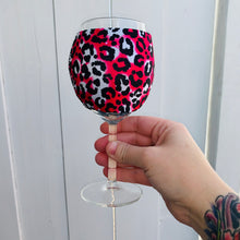 Load image into Gallery viewer, Hot Pink Leopard Wine Glass Sleeve