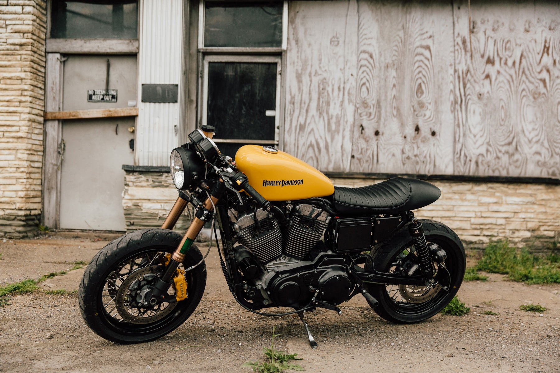 Xl1200 Cafe Racer Pittsburgh Moto Pittsburgh S Custom Motorcycle Culture