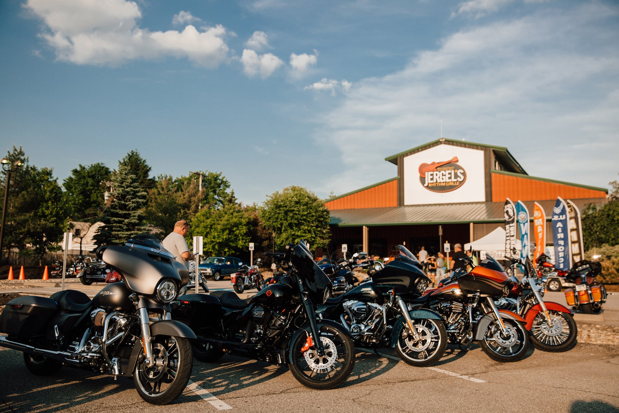 Jergels Rhythm Grille Warrendale Pennsylvania Bike Night