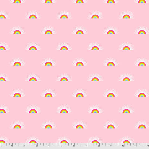 Manufacturer: FreeSpirit Fabrics Designer: Tula Pink Collection: Daydreamer Print Name: Sundaze in Guava Material: 100% Cotton  Weight: Quilting  SKU: PWTP176.GUAVA Width: 44 inches